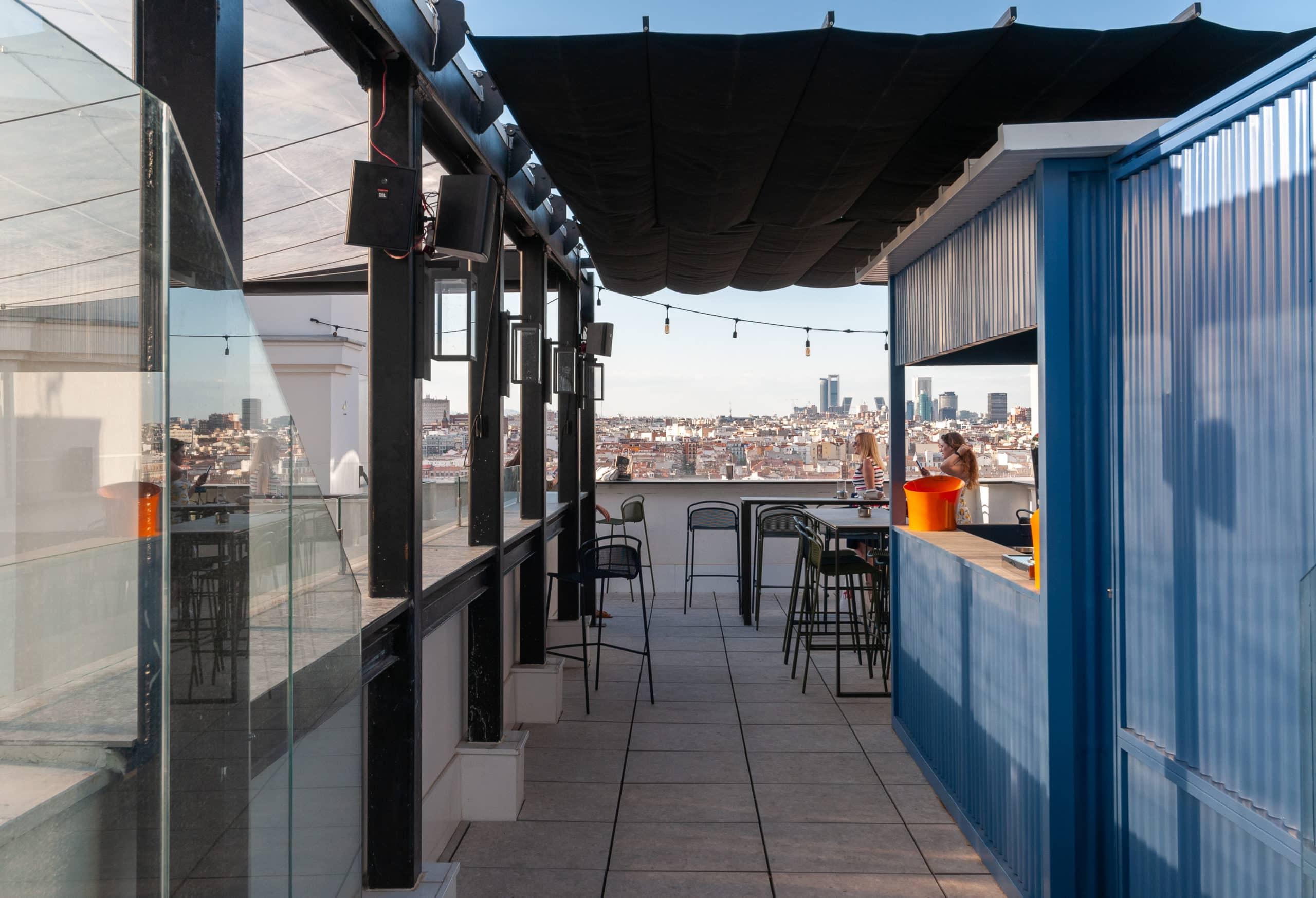 Ella Sky Bar Madrid - Cuatro Torres View